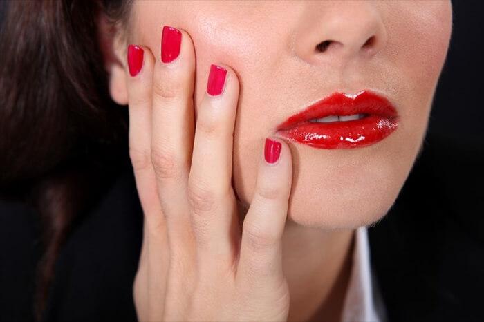 メイクで隠し切れない顔の赤み!赤ら顔の原因と自分でできる治し方