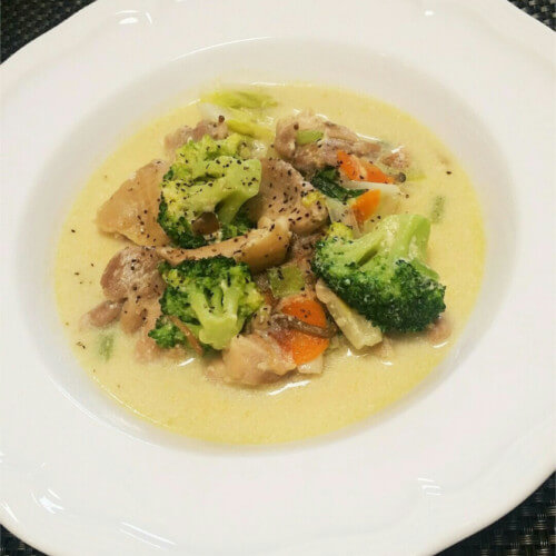 鶏肉と野菜のヘルシー豆乳味噌煮込み