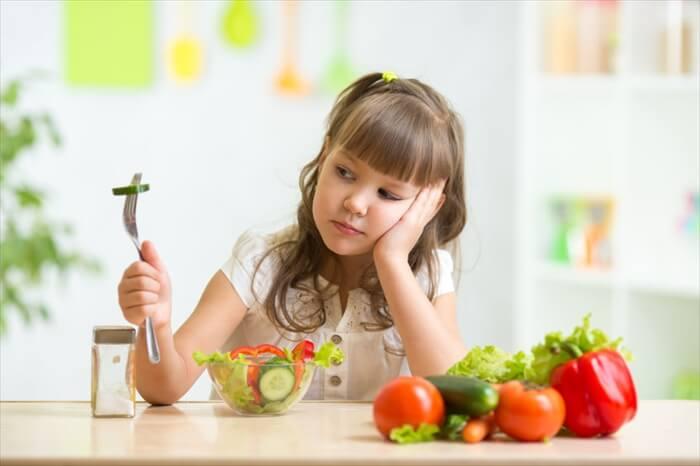 子供の野菜嫌いに悩むママ必見!試したい7つの克服法と人気レシピ!