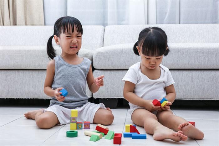 子供がお友達を叩くのを止めさせたい!年齢別原因と対処法まとめ