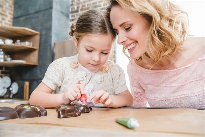 サクサク簡単!子供と作りたい手づくりバレンタインチョコレシピ15選