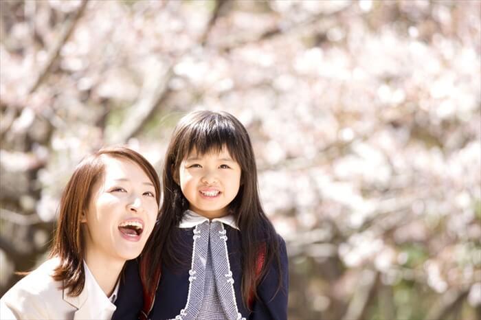 【入園式・入学式の服装】ママは何を着る?守るべきマナーを徹底解説