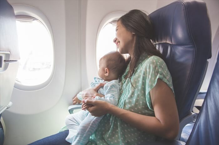赤ちゃんの海外旅行はいつから